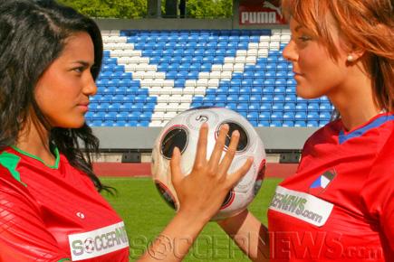 Soccer Babes - Portugal & Czech