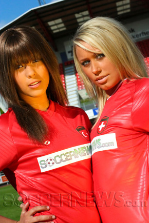 Soccer Babes - Turkey & Switzerland