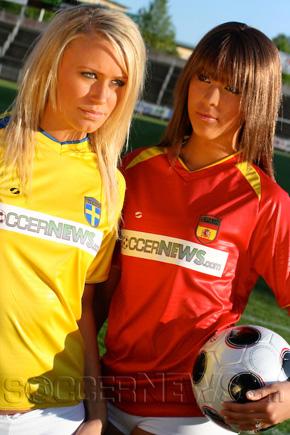 Soccer Babes - Sweden & Spain