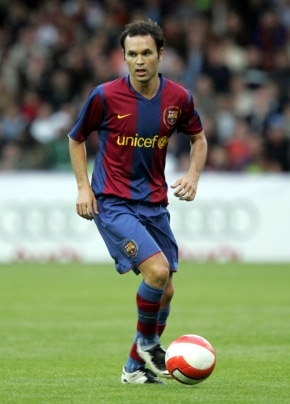andres iniesta New Frontrunner For '09 FIFA World Player of the Year