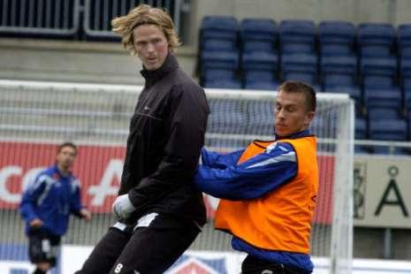 Tor Hogne Aaroy - World's second tallest football player