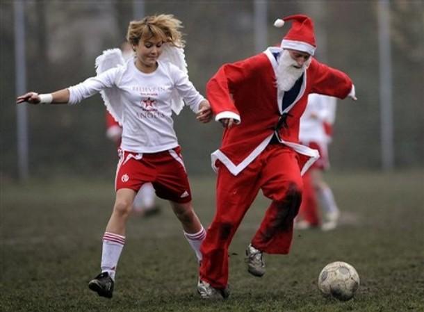 Santa loves football