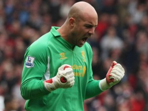 Liverpool goalkeeper Pepe Reina would be more than happy to replace compatriot Victor Valdes at FC Barcelona.