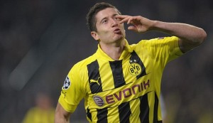 Dortmund want Bayern Munich to 'lift their cover' regarding their reported interest in Robert Lewandowski.