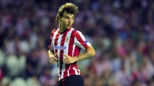 Athletic Bilbao defender Fernando Amorebieta wants a summer move to the English Premier League.