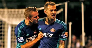 Sunderland's Lee Cattermole and Steven Fletcher will miss the remainder of the season