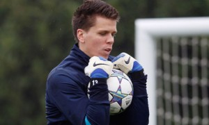 Arsenal keeper Wojciech Szczesny's position at number one at the Emirates Stadium is under threat