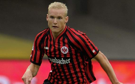 Sebastian Rode has insisted he is fully committed to Eintracht Frankfurt amid speculation linking him with a summer move to Bayern Munich.
