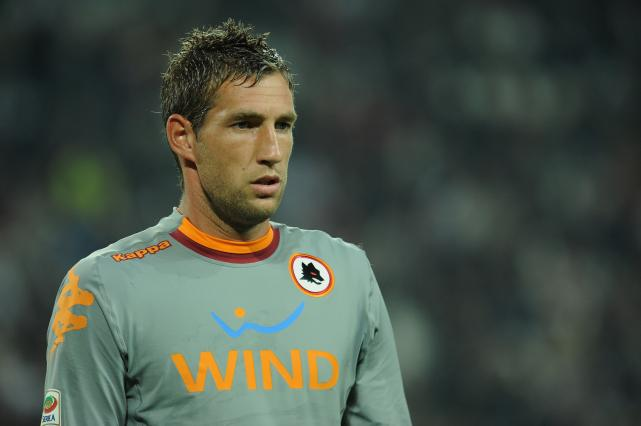 Franco Baldini has confirmed A.S. Roma have reached an agreement with Fulham regarding the transfer of Maarten Stekelenburg.