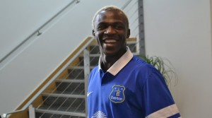 Roberto Martinez has recieved criticism from a minority of Everton fans for the signing Arouna Kone (above)