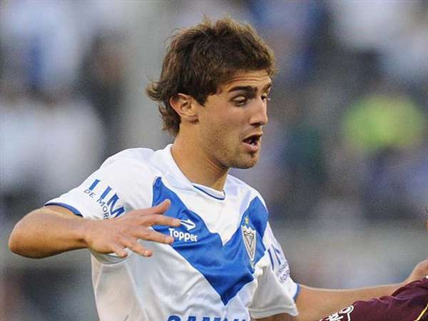 C. A. Velez Sarsfield right-back Gino Peruzzi has turned down a concrete offer from Sunderland A.F.C.