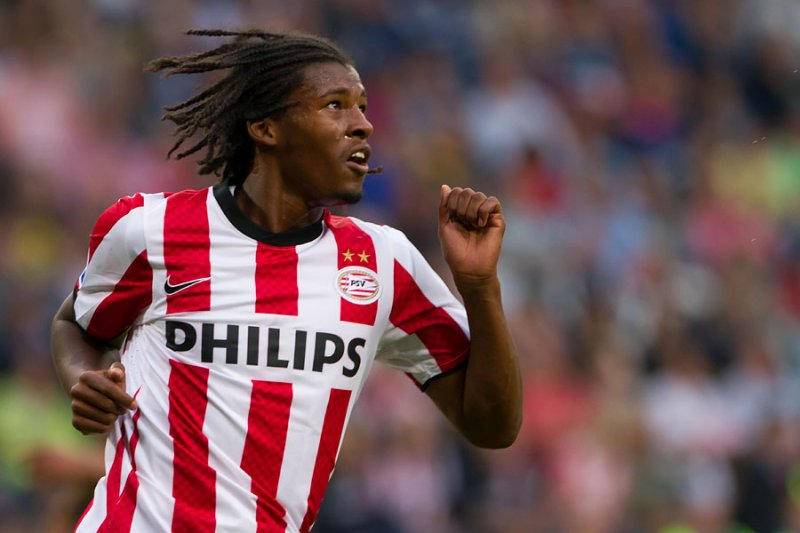 PSV Eindoven midfielder Georginio Wijnaldum has revealed he does not intend to leave the Philips Stadion this summer.