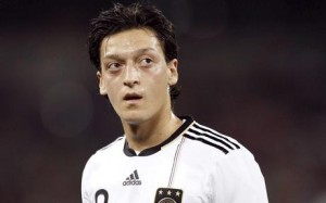 Germany international playmaker Mesut Ozil looks set for a move to Arsenal before the deadline closes