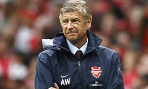 Arsenal boss Arsene Wenger has refused to rule out Manchester United as Premier League title challengers