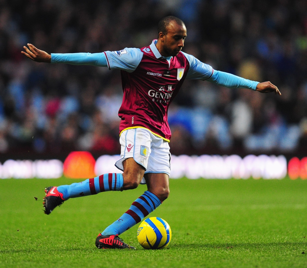 Aston Villa midfielder Fabian Delph has revealed he would 'love' to spend the rest of his career at Villa Park.