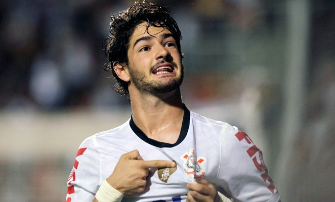 Corinthians striker Alexandre Pato has revealed he rejected a move to Tottenham Hotspur in the summer transfer window.