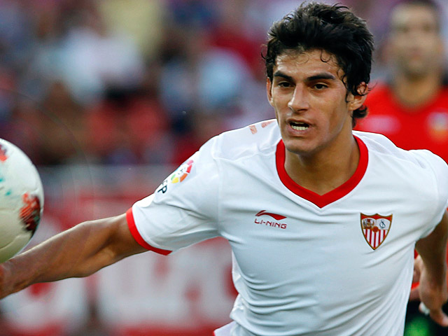 Sevilla FC winger Diego Perotti would welcome a January move to the English Premier League.