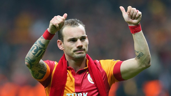 Galatasaray No. 10 Wesley Sneijder has revealed he has no reason to leave the Turk Telekom Arena.