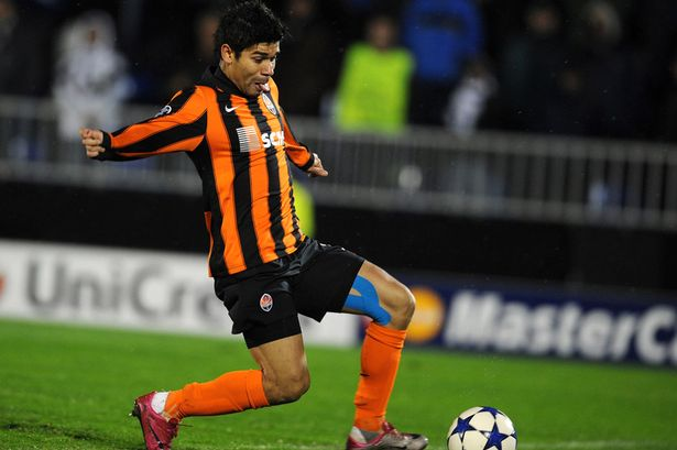 Shakhtar Donetsk striker Eduardo hopes to return to the English Premier League after next year's World Cup in Brazil.