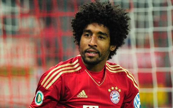Bayern Munich defender Dante has played down reports linking him with a January move to Manchester United.