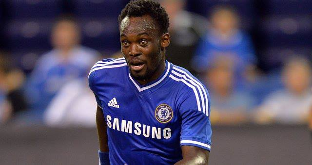 Chelsea F.C. midfielder Michael Essien has completed his move to Serie A side AC Milan.