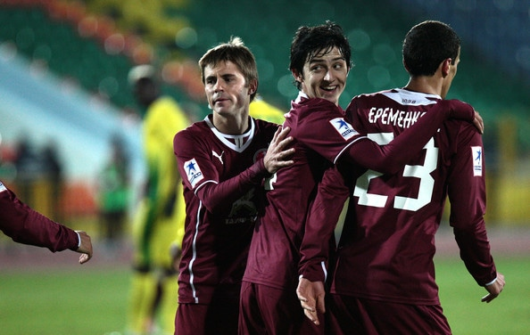 Arsenal F.C. have made a £2 million offer for highly-rated Rubin Kazan forward Sardar Azmoun.
