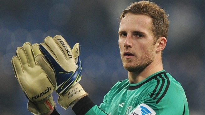 FC Schalke 04 general manager Horst Heldt has rubbished reports suggesting goalkeeper Ralf Fahrmann could leave the club in the summer.