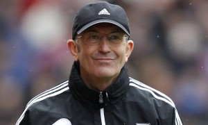 Tony Pulis looks set to keep Crystal Palace in the Premier League