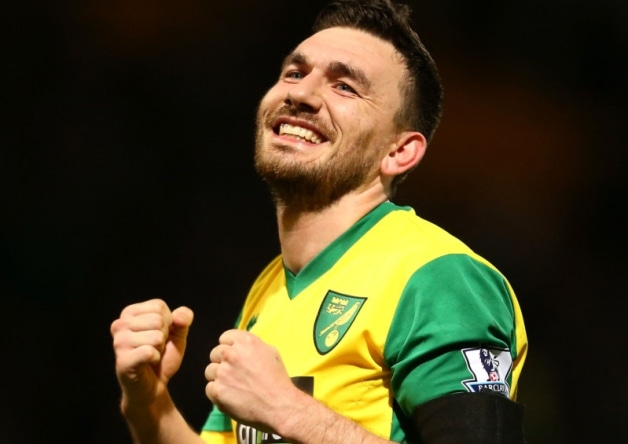 Hull City A.F.C. have completed the signing of Robert Snodgrass from Norwich City for an undisclosed fee.