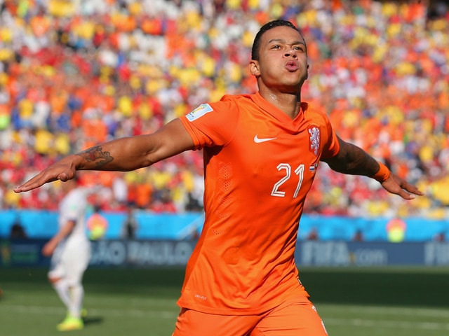 PSV Eindhoven winger Memphis Depay will not decide his future until after the World Cup.