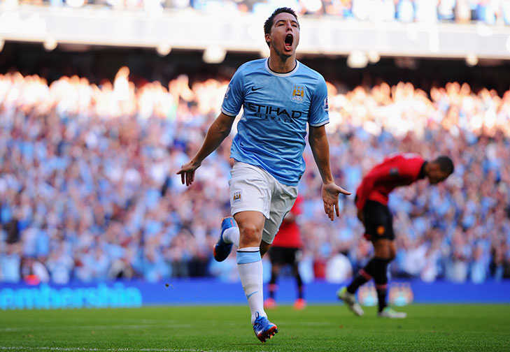 Manchester City F.C. midfielder Samir Nasri has put pen to paper on a new five-year deal with the English Premier League champions.
