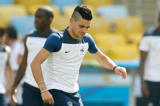 Newcastle United F.C. have confirmed the signing of attacking midfielder Rémy Cabella from Montpellier HSC for an undisclosed fee.