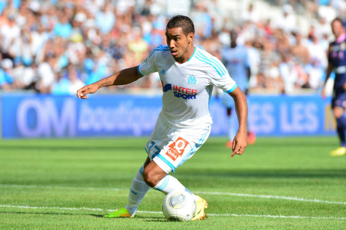 Olympique de Marseille winger Dimitri Payet is willing to turn down Swansea City in favour of staying at the Stade Vélodrome.