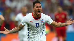 Chile international forward Eduardo Vargas has joined QPR on a season-long loan deal