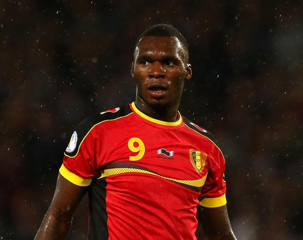 Aston Villa boss Tim Sherwood wants Christian Benteke to stay at Villa Park next season but insists he will not prevent the player from leaving in the summer.