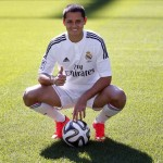 Chicharito not content with bench role