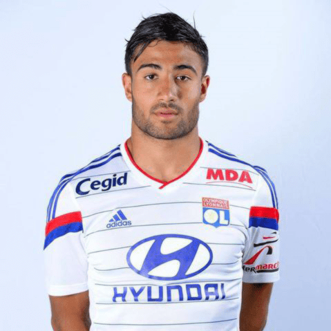 Olympique Lyonnais midfielder Nabil Fekir has put pen to paper on a new five-year deal at the Stade de Gerland.