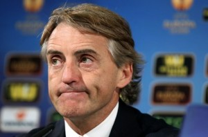 Roberto Mancini feeling the heat / Image via independent.co.uk