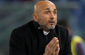 A frustrating night as AS Roma got reduced to 10 men / Image via fourfourtwo.com