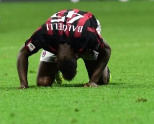 Mario Balotelli's frustration after a missed chance with AC Milan. Image: ESPNFC