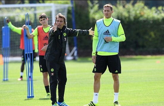Antonio Conte enduring difficult start to his Chelsea career / Image via sport.net