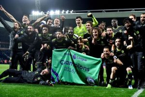 Chelsea celebrate winning the Premier League